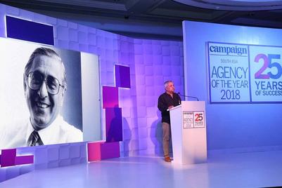 WATCH: Piyush Pandey pays tribute to Ranjan Kapur at AOY 2018