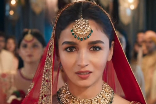 Manyavar showcases the mixed feelings of a bride with Alia Bhatt