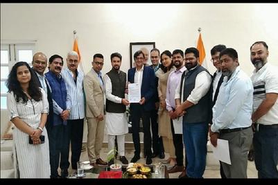 Union I&B Minister Anurag Thakur meets NBF's governing board members