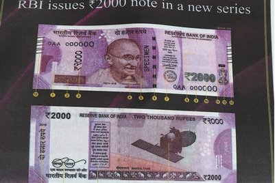 Brands look to cash in on currency note withdrawal