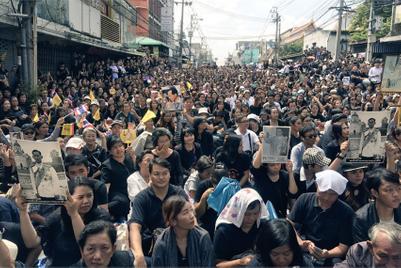 タイ国王死去による自粛ムード、少なくとも3カ月か