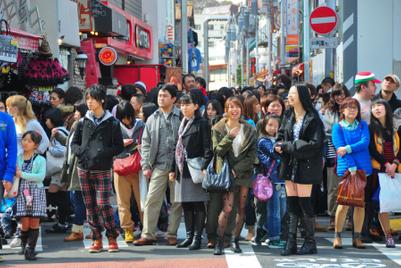 若さを切望する日本人が、「老い」を受け入れるとき