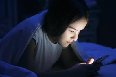世界マーケティング短信:ソーシャルメディアの光と影