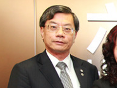Luk Fook appoints Bossini ex-CEO as new CFO; stock dips