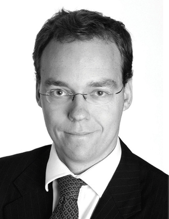 """In September we announced that <a href=""""http://www.financeasia.com/article.aspx?CIaNID=113479"""" target=""""article"""">Andrew Low</a>, previously head of Macquarie Capital Asia, is returning to Sydney in January 2010 to take on a new role as chief operating officer for Macquarie Capital Advisers."""