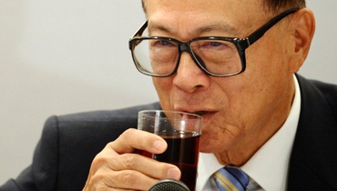 Li Ka-shing sweetens bid for Power Assets