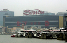Waddell & Reed sells Sands China stake