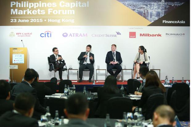 The bond panel [l-r] Rafael Consing, Deanno Basas, Brad Gibson, Johanna Chua