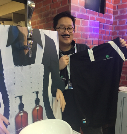 FinanceAsia's Ray Chan enjoys some French styling in BNP Paribas' box.