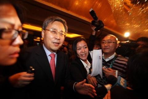 Regulator urges China to simplify listing approvals