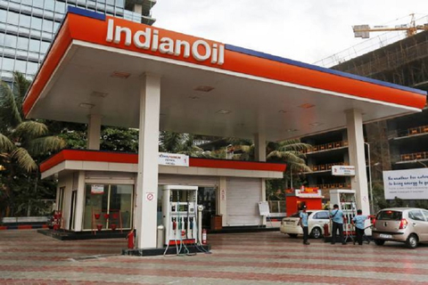 Indian Oil sets benchmark with jumbo bond sale
