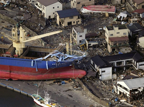 Japan counts the cost of record quake
