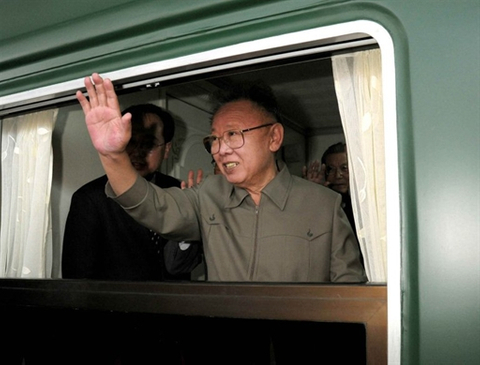 North Korean regime on the brink, FA poll suggests