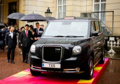 Geely sprays London's black cabs with green bond