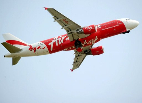 Thai AirAsia's controlling shareholder launches $145 million IPO