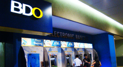 BDO defies Philippines CDS with tight bond