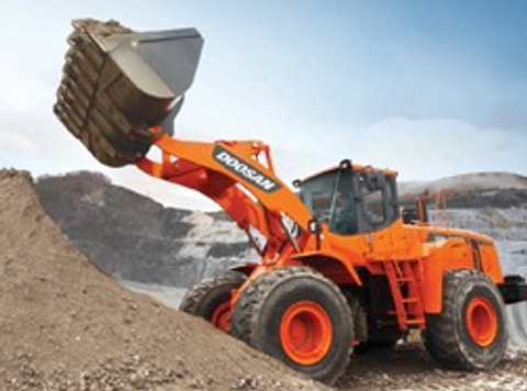 Doosan Infracore offers hybrid structure for lower-rated companies