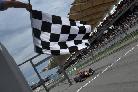 Waddell & Reed invests another $500 million in Formula One