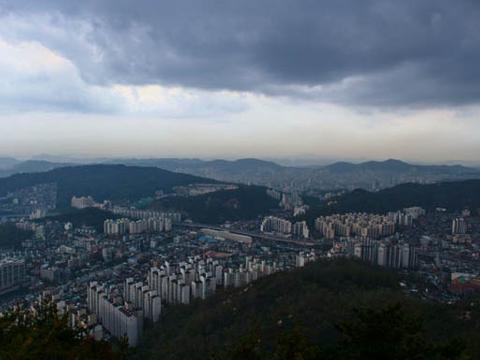 Linklaters opens office in Korea