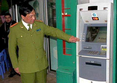 Vietnam easing limits on foreigners owning banks